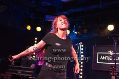 """""""Antje Schomaker"""", """"Von Helden und Halunken Tour"""", ausverkauftes Konzert im Magnet Club im """"Musik Und Frieden"""", Berlin, 09.03.2018,"""