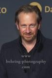 """Fabian Busch, """"BABYLON BERLIN 3"""", Roter Teppich zur Weltpemiere, Zoo Palast, Berlin, 16.12.2019"""