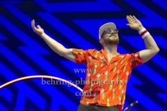 """BEATSTEAKS"", Arnim Teutoburg-Weiss winkend,, Konzert in der Waldbuehne, Berlin, 09.06.2018"