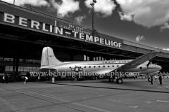 Flughafenfest zum Jubilaeum der Luft-Bruecke in Berlin-Tempelhof, 2.05.2009