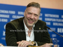 """Mikael Persbrandt (Schauspieler/ Actor), attends the """"ALONE IN BERLIN / JEDER STIRBT FUER SICH ALLEIN"""" - press conference at the 66th Berlinale, Berlin 15.02.16 [Photo: Christian Behring]"""