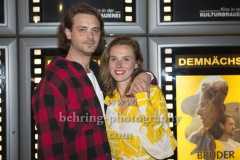 """Die Hauptdarsteller Sebastian Fraesdorf, Karin Hanczewski,  """"BRUDER SCHWESTER HERZ"""" (ab 10.10.19 im Kino), Photo Call zur Premiere im Kino in der Kulturbrauerei, Berlin, 07.10.2019"""