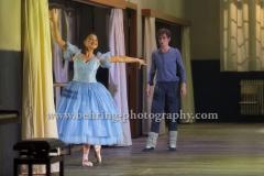 """""""CENDRILLON - Aschenputtel"""", (Premiere am 12.06.2016), Nadja Mchantaf (Cendrillon), Karolina Gumos (Le Prince Charmant), Fotoprobe in der Komischen Oper am 08.06.2016 in Berlin, Deutschland,"""