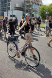 """Teilnehmerin mit Plakat """"Disco muss sein"""" auf ihrem Fahrrad, """"Rettet die Veranstaltungsbranche"""", Demonstration von der Alexanderstrasse ueber Karl-Liebknecht-Strasse, Torstrasse und Friedrichstrasse zum Bebelplatz in Berlin, 24.07.2020"""
