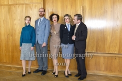 """DEUTSCHLAND 86"", Sonja Gerhardt, Niels Bormann, Maria Schrader, Anke Engelke, Sylvester Groth, Photo Call am Set im Stasimuseum Berlin in der Zentrale des MfS, Berlin, 04.12.2017,"