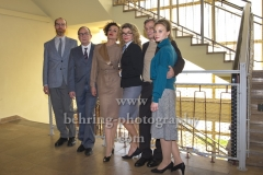 """DEUTSCHLAND 86"", Niels Bormann, Uwe Preuss, Maria Schrader, Anke Engelke, Sylvester Groth, Sonja Gerhardt, Photo Call am Set im Stasimuseum Berlin in der Zentrale des MfS, Berlin, 04.12.2017,"