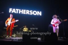 "Marc Strain (Bass), Greg Walkinshaw (Schlagzeug), Ross Leighton (Gitarre, Lead-Gesang), ""FATHERSON"", Konzert, Verti Music Hall, Berlin, 09.02.2020,"