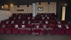 """Kuenstlerportraits als Platzhalter, um das Hygienekonzept einzuhalten, """"Wiedereroeffnung Kino und Bar in der Koenigstadt"""", Photocall, Nach der Corona-bedingten Lock-down oeffnet das Kino heute zum ersten Mal wieder unter Einhaltung der Hygieneregeln, Berlin, 30.06.2020,"""