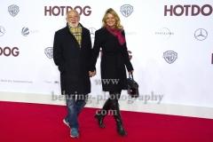 """""""HOT DOG"""", Dieter Hallervorden mit Christiane Zander, Roter Teppich zur Welt-Premiere im Cine Star Potsdamer Platz, Berlin, 09.01.2018,"""