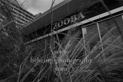 """ZOO PALAST, """"Kino leuchtet. Für dich."""", Am Vorabend der virtuell stattfindenden Berlinale und im Hinblick auf die Beratungen der Regierungschef:innen über den Stufenplan zur Wiedereröffnung lenken die Kinos den Blick auf die immer noch geschlossenen Kulturorte und appellieren an die Politik, Hardenbergstrasse, Berlin, 28.02.2021"""