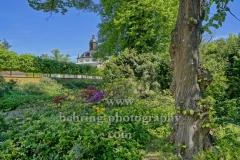 """Schlosspark Koepenick mit der Schlosskirche im Hintergrund, """"STADTANSICHTEN"""", Berlin, 06.05.2020"""