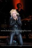 Cyndi Lauper, praesentiert Songs aus ihrem 2010 erscienenen Blues-Album und ihrer Hits aus den 80ern live im Berliner Admiralspalast, Konzert, Musik, live,