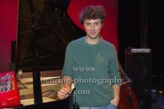 """Luca SESTAK"", Photo Call vor dem Konzert, Heimathafen Neukoelln, Berlin, 05.10.2019"