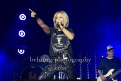 """""""Matthias REIM"""", Michelle als Special Guest mit ihrem Song """"Paris"""", Konzert in der Mercedes-Benz Arena, Berlin, 29.12.2018,"""
