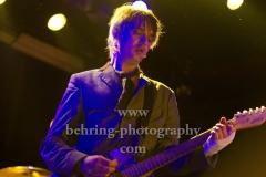 """Peter Doherty And The Puta Madres"", Pete Doherty – lead vocals, rhythm guitar (mit Verband an der rechten Hand), Konzert, ASTRA, Berlin, 19.05.2019"