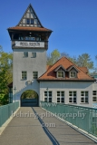 "Abteibruecke mit Brueckenhaus (Kulturhaus Insel Berlin e.V.) auf der Insel der Jugend im Treptower Park, ""STADTANSICHTEN"", Berlin, 23.04.2020"