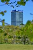 """Treptowers, Blick auf das Bürohochhaus vom Treptower Park aus, """"STADTANSICHTEN"""", Berlin, 23.04.2020"""