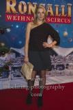 """Tanja Wedhorn, """"Roncalli Weihnachtscircus"""" (19.12.19 - 05.01.2020), Photocall am Roten Teppich zur Premiere, Tempodrom, Berlin, 19.12.2019"""