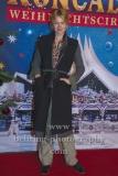 """Isabell Gerschke, """"Roncalli Weihnachtscircus"""" (19.12.19 - 05.01.2020), Photocall am Roten Teppich zur Premiere, Tempodrom, Berlin, 19.12.2019"""