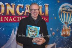 """Ludger Pistor, """"Roncalli Weihnachtscircus"""" (19.12.19 - 05.01.2020), Photocall am Roten Teppich zur Premiere, Tempodrom, Berlin, 19.12.2019"""