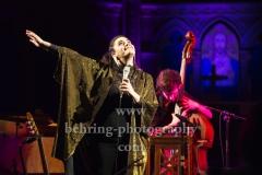 """""""Sarah FERRI And String Quartet"""", Konzert, """"STRING SESSIONS Tour"""" - Teil 2, Apostel-Paulus-Kirche, Berlin, 16.02.2019 (Live mitgeschnitten fuer Deutschland Radio Kultur)"""