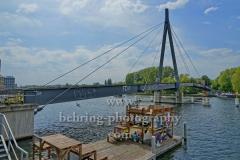"Kaisersteg, verbindet Oberschoeneweide und Niederschoenweide, ""STADTANSICHTEN"", Berlin, 10.05.2020"
