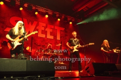 "Andy Scott (Gitarre), Peter Lincoln (Gesang, Bass), Bruce Bisland (Schlagzeug), Tony O'Hora (Keyboard, Gitarre), ""The SWEET"", Konzert, Columbiahalle, Berlin, 21.05.2019"