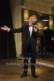 "Tam Ward (der aeltere Sinatra), ""That`s Life - Das Sinatra-Musical"", Showcase zum Musical, das am 8. Januar 2020 Premiere im Theater Am Potsdamer Platz feiert, Ritz Carlton, Berlin, 11.12.2019"
