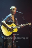 """""""Tina Dico And Band"""", Tina Dico (Gesang, Gitarre) auf Tour mit ihrem aktuellen Album """"FASTLAND"""", Abschluss-Konzert ihrer Deutschland-Tour, Admiralspalast, Berlin, 18.11.2018,"""