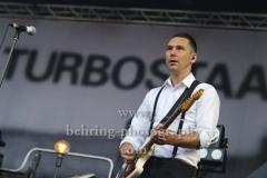 """""""TURBOSTAAT"""", Marten Ebsen (Gitarre), Konzert, Parkbuehne Wuhlheide, Berlin, 25.08.2018"""