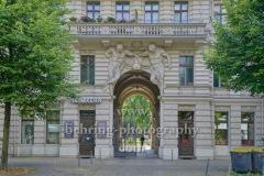 """""""Heimkehr""""-Bestattungsinstitut in der Yorckstrasse 85, """"Kreuzberg"""", Berlin, 18.07.2020"""