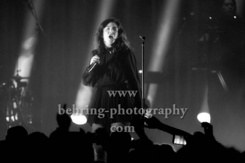 LORDE, alias Ella Marija Lani Yelich-O'Connor, auf MELODRAMA-Tour 2017, Konzert im Tempodrom in Berlin, am 15.10.2017
