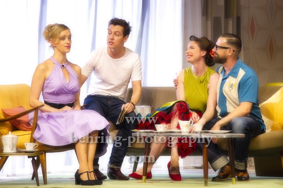 ZUHAUSE BIN ICH DARLING, Komoedie am Kurfuerstendamm im Schiller Theater, Berlin, Deutsche Erstauffuehrung am 04.08.2019