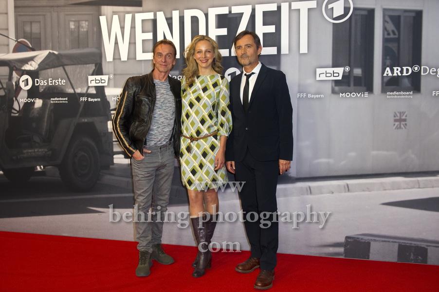 Andre Hennicke, Petra Schmidt-Schaller, Harald Schrott, WENDEZEIT (am 2.10.19 um 20.15 Uhr im ERSTEN), Premiere, UCI Luxe Mercedesplatz, Berlin, 18.09.2019
