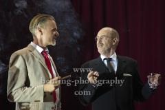 "Peter Kremer (Thomas Mann), Markus Gertken (Heinrich Mann), ""Amazing Family"", Renaissance-Theater, Berlin, Fotoprobe am 24.06.2021 (Premiere am 27.06.2021),"