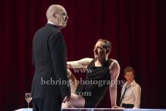 "Peter Kremer (Thomas Mann), Boris Aljinović (Klaus Mann), Judith Rosmair (Erika Mann),  ""Amazing Family"", Renaissance-Theater, Berlin, Fotoprobe am 24.06.2021 (Premiere am 27.06.2021),"