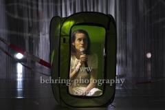 "Lea Draeger, ""Death Positive - states of emergency"", Fotoprobe am 30.09.2020 im GORKI Theater, Berlin, Premiere am 02.10.2020,"