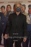 "Gedeon Burkhard mit Hygiene-Maske ""Fuck the virus"", ""FAKING BULLSHIT"", Photo Call am Roter Teppich vor dem Cinemaxx am Potsdamer Platz, Berlin, 09.09.2020,"