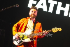 "Marc Strain (Bass), ""FATHERSON"", Konzert, Verti Music Hall, Berlin, 09.02.2020,"