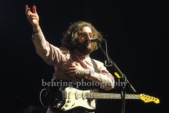 "Ross Leighton (Gitarre, Lead-Gesang), ""FATHERSON"", Konzert, Verti Music Hall, Berlin, 09.02.2020,"
