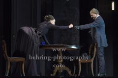 """Corinna Kirchhoff, Veit Schuber,  """"GESPENSTER"""" von Henrik Ibsen, Fotoprobe am 6.10. im Berliner Ensemble, Berlin, Premiere am 08.10.2020"""