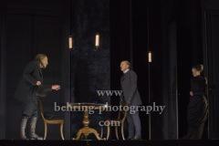 """Corinna Kirchhoff, Wolfgang Michael, Veit Schuber, """"GESPENSTER"""" von Henrik Ibsen, Fotoprobe am 6.10. im Berliner Ensemble, Berlin, Premiere am 08.10.2020"""