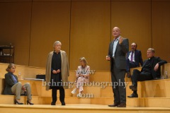 """Josefin Platt, Martin Rentzsch, """"GOTT"""", Berliner Ensemble, Berlin, Deutsche Urauffuehrung am 10.09.2020 (Photo: Christian Behring)"""
