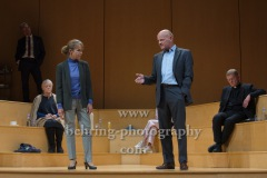 "Martin Rentzsch, Christine Schönfeld, ""GOTT"", Berliner Ensemble, Berlin, Deutsche Urauffuehrung am 10.09.2020 (Photo: Christian Behring)"