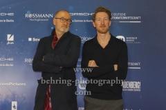 """Peter Lohmeyer und Sohn Louis Klamroth, """"LINDENBERG! MACH DEIN DING"""" (ab 16.01.2020 im Kino), Red Carpet Photocall, Berlin-PRemiere im Kino International, Berlin, 10.01.2020"""