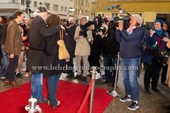 """Hommage an Michael Gwisdek: Der Tangospieler"", Gabriela und Michael Gwisdek, Achtung-Berlin-Festival, Roter Teppich zur Eroeffnung im Kino Babylon, Berlin, 22.04.2017 [Photo: Christian Behring]"