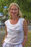 """Katja Weitzenboeck, """"Komoedie. Stadt. Strand"""", Photocall anlaesslich des Neustarts nach der Corona-Pause in der Komoedie am Kurfuerstendamm im Schiller Theater,"""