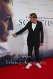 """Oliver Masucci,  """"SCHACHNOVELLE"""", Roter Teppich zur Berlin-Premiere im Kino International, 08.09.2021"""