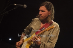 "Sam Teskey (guitar, vocals), ""The Teskey Brothers"", Konzert, Heimathafen Neukölln, Berlin, 07.02.2020"