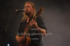 "Josh Teskey (vocals, guitar), ""The Teskey Brothers"", Konzert, Heimathafen Neukölln, Berlin, 07.02.2020"